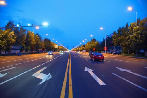 如何提高驾驶技术_学车有技巧,教你如何快速提升开车技术!插图