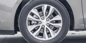 汽车轮胎应该怎么选,越宽越好吗?插图